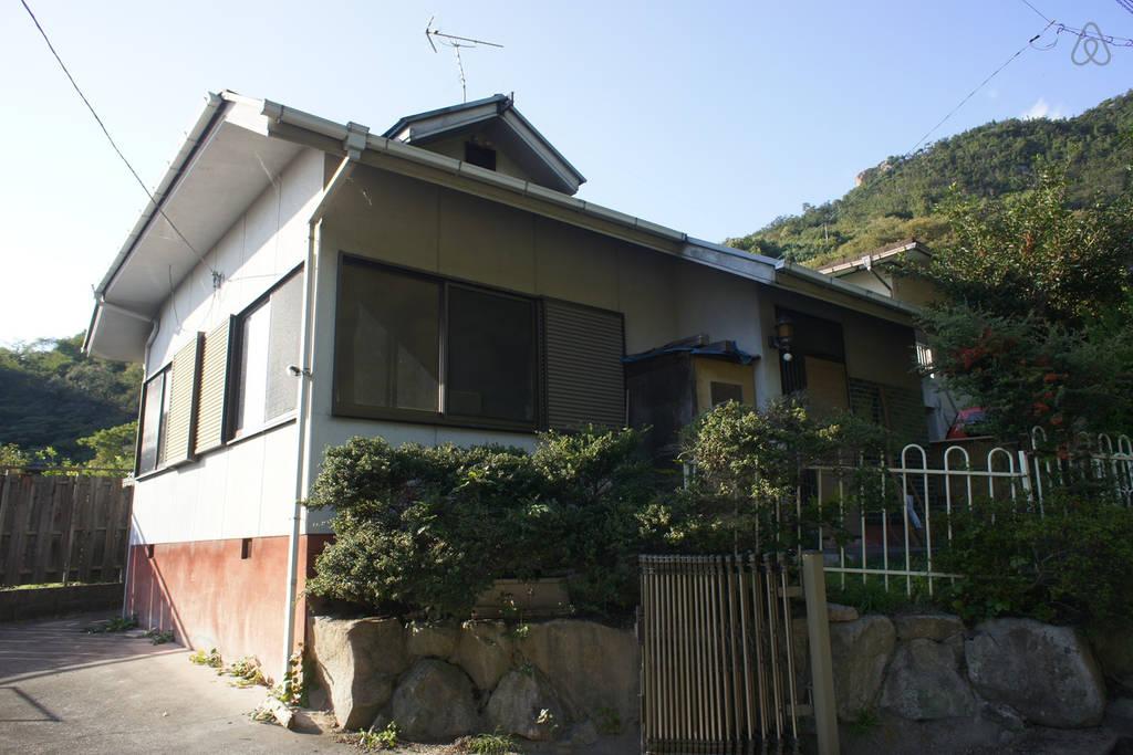 広島県尾道-小さな家-Airbnb