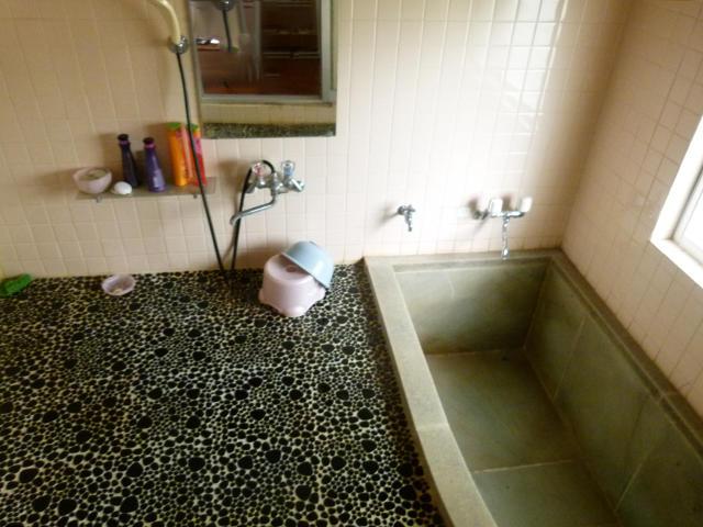 静岡県賀茂郡-ベランダのある家-風呂