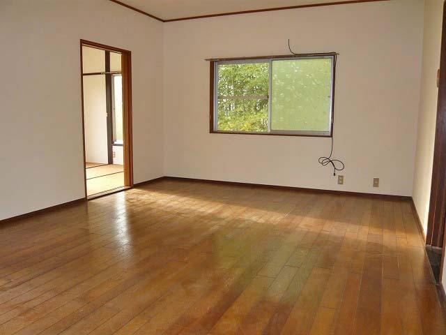 滋賀県蒲生郡-中古戸建て-洋室