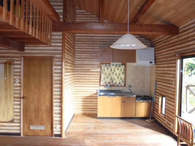 兵庫県三田市-中古戸建て-ログハウス-室内
