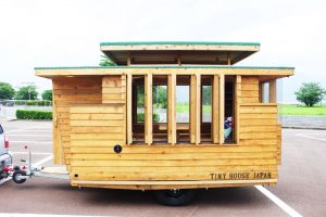 最高だった。木製キャンピングトレーラー「Baske-T」