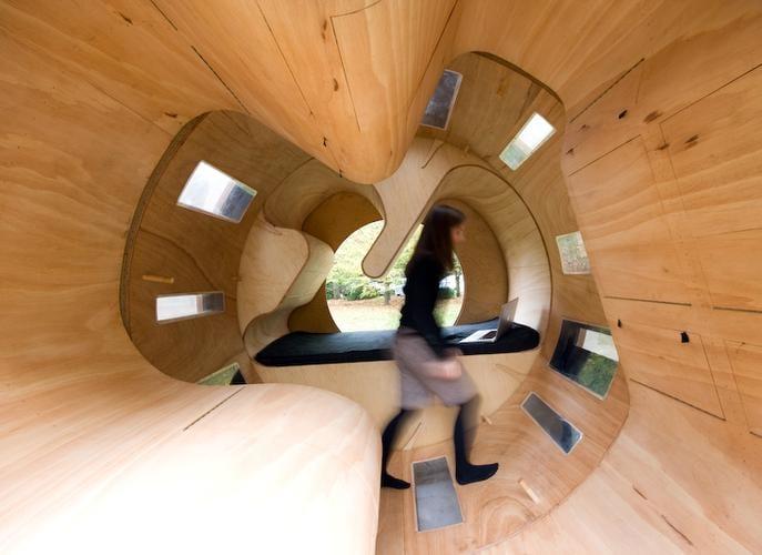筒状の小屋