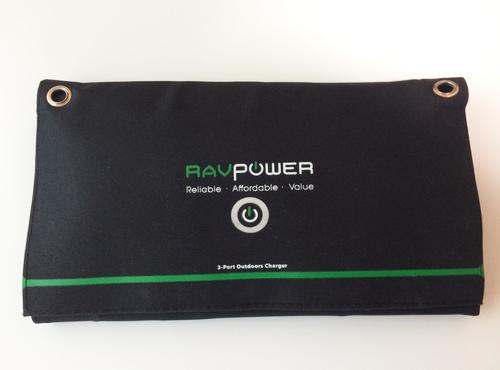 RAVPowerのソーラーチャージャー02