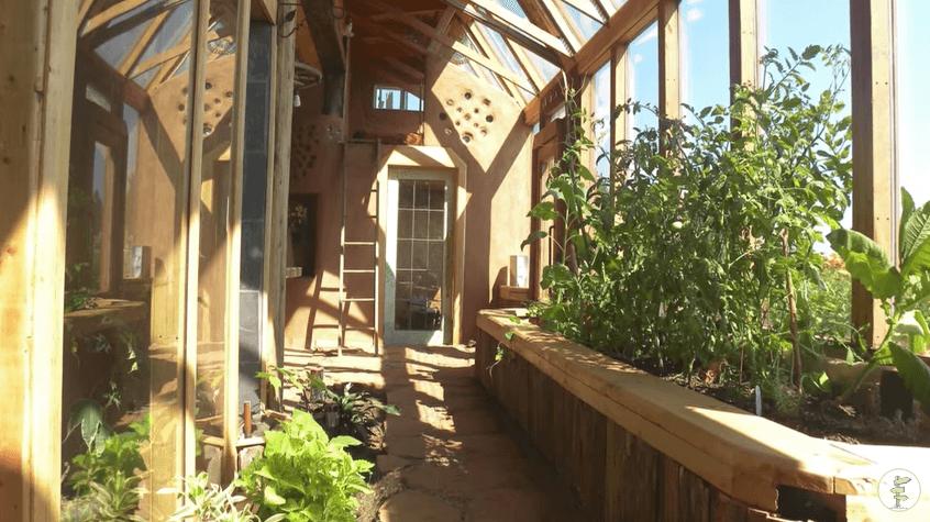オフグリッドのタイニーハウス