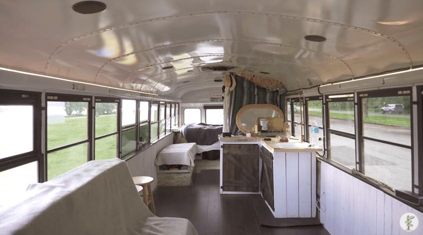 DIYスクールバス