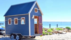 「生活に物が溢れすぎている」約175万円で作ったタイニーハウス