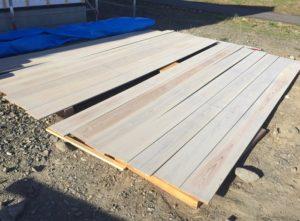 杉板をひたすら塗装。キツすぎた。【必要な道具と手順を紹介】【ハーフビルド】