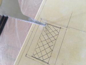 石膏ボードにコンセント穴を開ける方法・手順